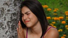 Sensaciones lastimadas de la muchacha adolescente triste Fotografía de archivo libre de regalías