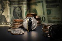 Sensenmann-Übel-Geld lizenzfreies stockfoto