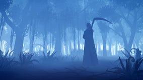 Sensenmann in einem nebelhaften Nachtwald stockfotografie