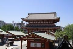 在Senso-ji寺庙在Asakusa,东京,日本的门 库存图片