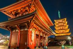 Sensoji籍红色日本寺庙在浅草,东京 库存图片