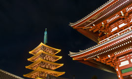 Sensoji buddhistischer Tempel nachts Lizenzfreie Stockbilder