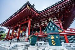 Sensoji tempel på soluppgång Buddistisk tempel i Tokyo, Japan royaltyfria foton