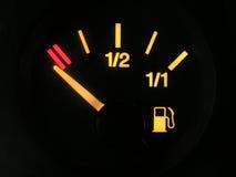 Sensor van lege tank benzine stock foto
