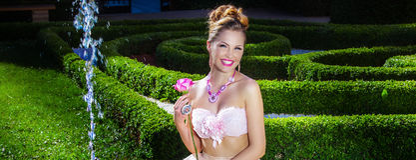Sensual woman posing Royalty Free Stock Photo