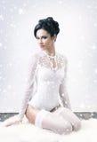 Sensueel en mooi jong meisje in bruids lingerie Royalty-vrije Stock Afbeelding