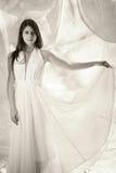 Sensueel meisje in witte kleding Stock Foto's