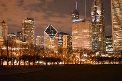 Sent - natt Chicago Royaltyfri Foto