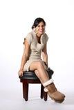 Sentada joven del modelo Imagenes de archivo