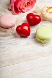 Sente e fondo del biglietto di S. Valentino dei dolci Immagine Stock Libera da Diritti