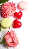 Sente e fondo del biglietto di S. Valentino isolato dolci Fotografia Stock