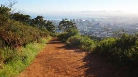 Sentier de randonnée et vue à Cape Town Image libre de droits