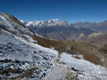 Sentier piéton à Muktinath, Népal Image stock