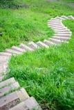 Sentier piéton d'enroulement incliné Photo libre de droits