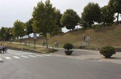 Sentier piéton de piéton et de cycliste sur les frontières de Lucques Images stock