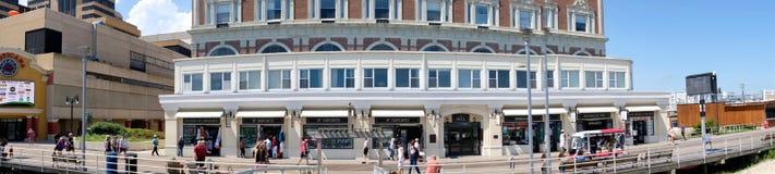 Sentiero costiero Ritz Hotel Condominiums di Atlantic City fotografia stock