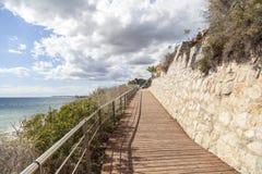 Sentiero per pedoni, Cami de Ronda vicino al mar Mediterraneo Fotografia Stock