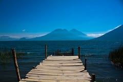 Sentiero per pedoni a Lago de Atitlan Fotografia Stock Libera da Diritti