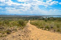 Sentiero per pedoni nella regione selvaggia africana Fotografia Stock