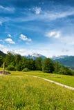 Sentiero per pedoni nelle alpi di Berchtesgaden Immagini Stock