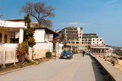Sentiero per pedoni sulla città di Mar Nero di Balchik in Bulgaria Fotografia Stock Libera da Diritti