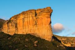 Sentinelle de Brandwag, une falaise de grès pendant le coucher du soleil à G d'or Image libre de droits
