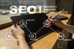 SEO搜索引擎优化,数字式营销,企业互联网技术概念 库存照片