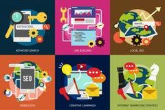 SEO e sviluppo royalty illustrazione gratis