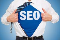 SEO-Konzept auf einem Hemd Stockfoto