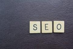 SEO kortsluter ordbegreppet för sökandeenigneoptimization för rengöringsduk Royaltyfria Bilder