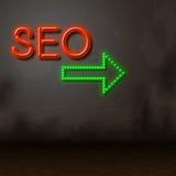 Seo Neon Represents Glow Search y motor Fotos de archivo libres de regalías