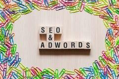 Seo och Adwords ordbegrepp arkivfoto
