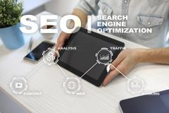 Seo Optimisation de Search Engine Concept de technologie de marketing en ligne de Digital Photographie stock libre de droits
