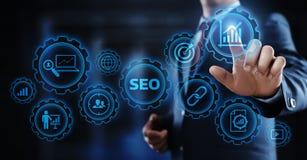 SEO Search Engine Optimization Marketing die van Bedrijfs Internet van de Verkeerswebsite Technologieconcept rangschikken stock fotografie