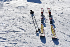 Seoel, KOREA - JANUARI 28, 2017: Ski op de sneeuw Stock Foto's