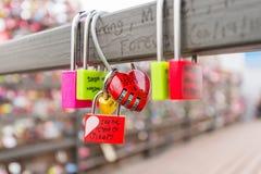 SEOEL - MAART 28: Liefdehangsloten bij de Toren van N Seoel Royalty-vrije Stock Foto