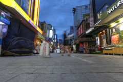 SEOEL, ZUID-KOREA - MEI 9: Namdaemunmarkt in Seoel, Marke Stock Foto