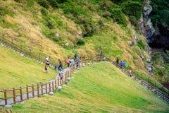 Seongsan Ilchulbong, también llamado Sunrise Peak y que es un Wor imagenes de archivo