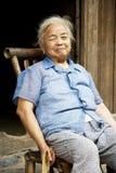 Señora china mayor en Daxu Imagen de archivo libre de regalías