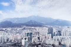 Seoul cityscape, horisont, höga löneförhöjningkontorsbyggnader i Seoul ci Fotografering för Bildbyråer