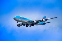 SEOUL, COREIA DO SUL - 8 DE ABRIL DE 2018: Korean Air Boeing 747 Foto de Stock