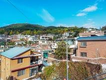 SEOUL, COREIA DO SUL - 22 de outubro de 2017 distrito vivo de Itaewon dentro Imagem de Stock Royalty Free