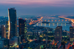 Seoul horisont på natten Royaltyfri Fotografi