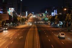 SEOUL KOREA - AUGUSTI 12, 2006: nattsikt av den Nambu ringleden i S Royaltyfri Fotografi