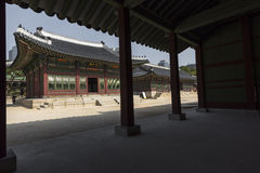 SEOUL - 21. OKTOBER 2016: Deoksugungs-Palast in Seoul, Süd-Kore Lizenzfreie Stockfotografie