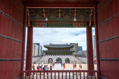 SEOUL, SÜDKOREA - 17. JULI: Touristen, die Fotos machen Stockfotos