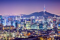 Free Seoul Skyline Royalty Free Stock Image - 36646246