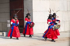 Seoul, South Korea January 13, 2016 dressed in traditional costumes from Gwanghwamun gate of Gyeongbokgung Palace Guards Royalty Free Stock Photography