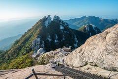 SEOUL, SOUTH KOREA - SEP 27: Climbers and Tourists on Bukhansan. Stock Images
