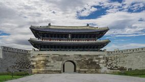 Seoul South Korea. time lapse 4k. cloudy sky timelapse at Namdaemun Gate or Sungnyemun gate
